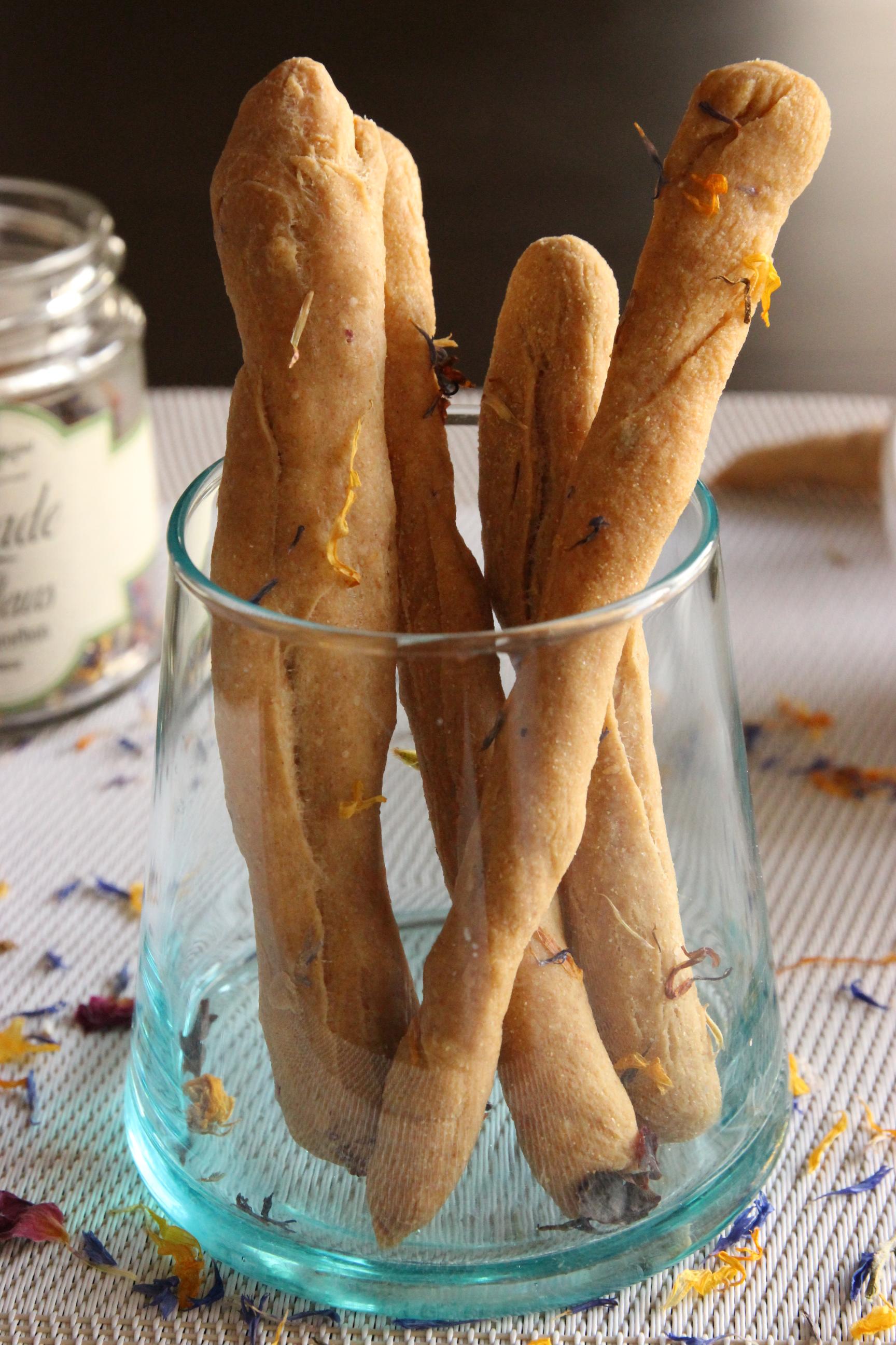 Gressins italiens aux p tales de fleurs id al pour les ap ros d t r v lations gourmandes - Du bruit dans la cuisine part dieu ...