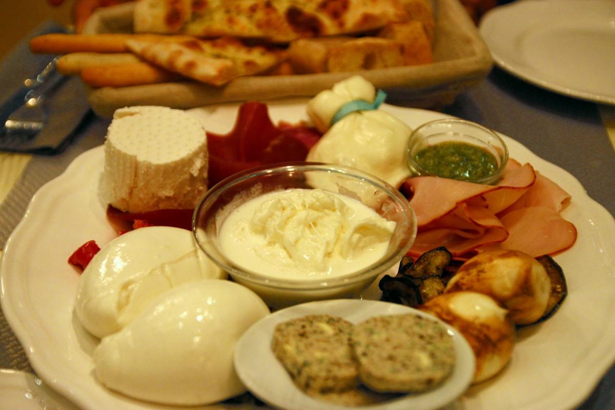 Mozzato premier comptoir mozzarella lyon for Extra cuisine lyon