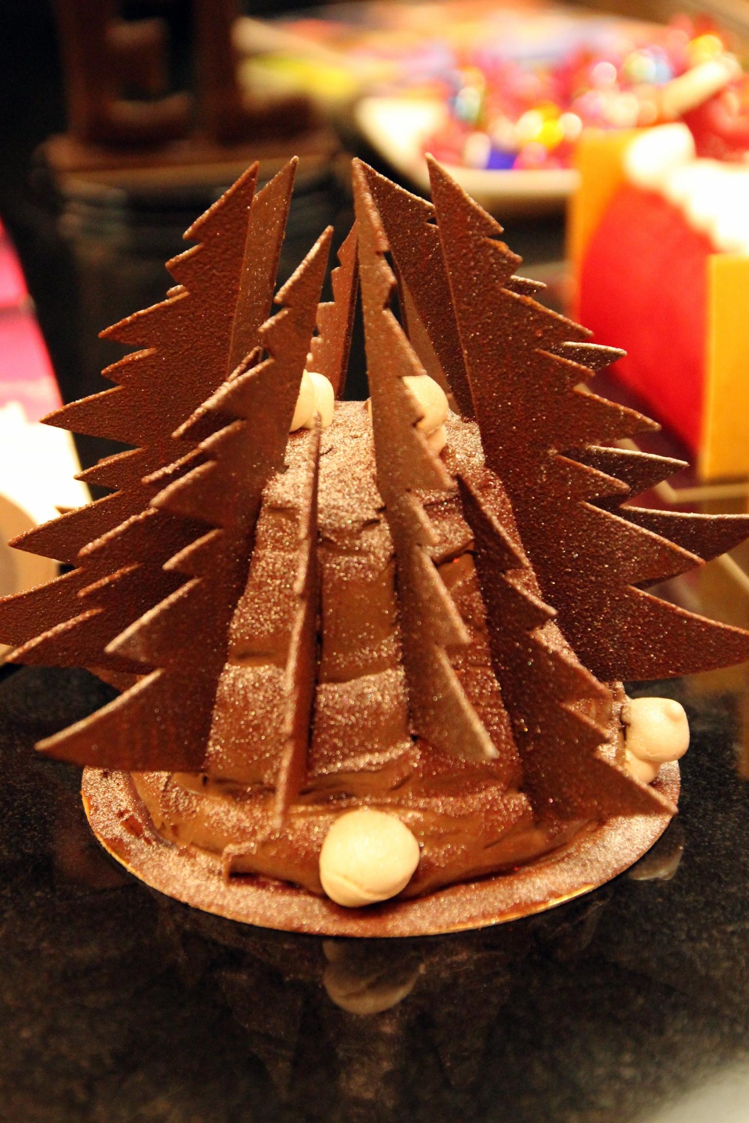 B ches et chocolats de no l chez s bastien bouillet - Herve cuisine foret noire ...