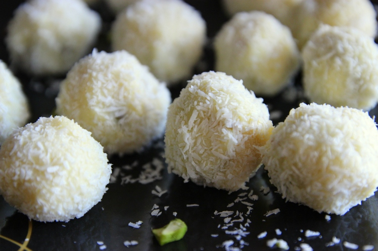 truffes-blog-cuisine-lyon-chocolat-blanc-pistaches-coco-revelations-gourmandes-noel