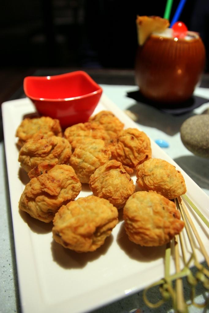 Blog_cuisine_lyon_aloha_bar_carte_cocktails_tapas-rhum-cannelle_accras_morue_maison