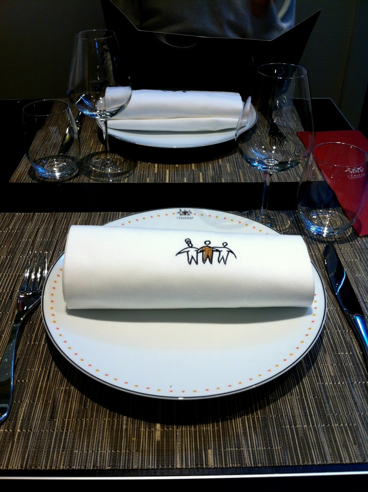 blog_cuisine_lyon_bocuse_institut_revelations_gourmandes_table