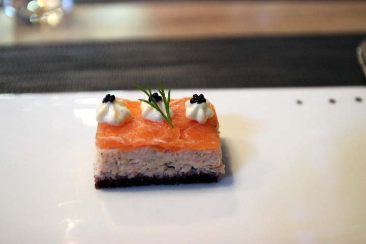 blog-cuisine-lyon-restaurant-borgia-caluire-entree-saumon-terrasse