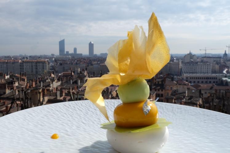 Blog-Lyon-recette-Villa-Florentine-Chef-Joannic-Taton-patisserie-video-youtube-deux-guignols-en-cuisine-restaurant-exotique-vue