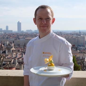 Blog-Lyon-recette-Villa-Florentine-Chef-Joannic-Taton-patisserie-1--video-youtube-deux-guignols-en-cuisine-restaurant-exotique-vue