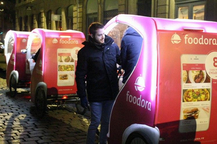 Blog-Lyon-restaurant-Foodora-Foodtour-Blogueur-triporteur