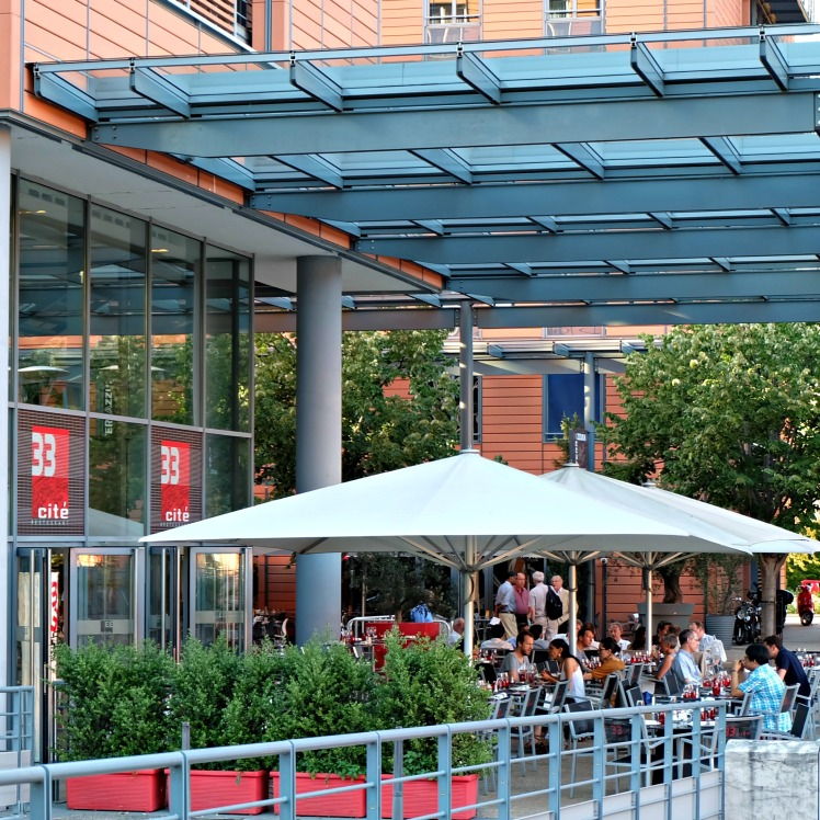 Restaurant-Lyon-blog-33-cite-internationale-Berthod-apero-terrasse