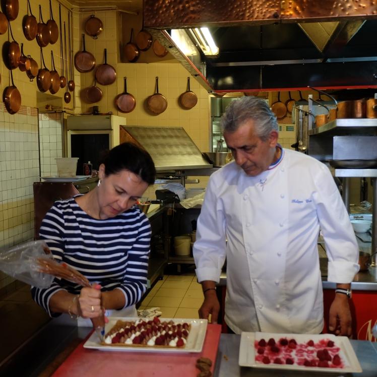 Blog-Lyon-Restaurants-Recette-cuisine-Mere-Poulard-Mont-Saint-Michel-Tartelettes-Desserts-Chocolat-Deliberation-MOF_epreuve