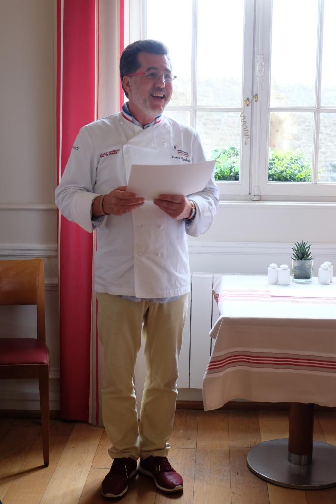 Blog-Lyon-Restaurants-Recette-cuisine-Mere-Poulard-Mont-Saint-Michel-Tartelettes-Desserts-Chocolat-Deliberation-MOF_remise_diplome