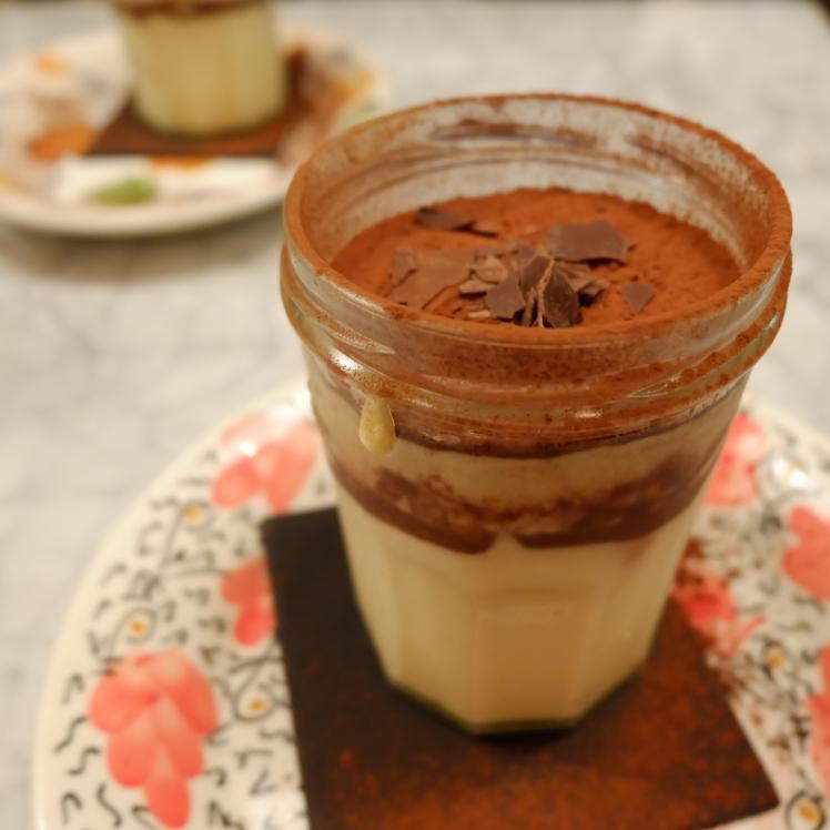 Gabriella_mama_Lyon_restaurant_tiramisu_dessert_bonne_adresse_italien