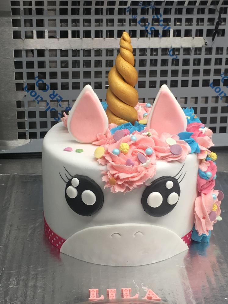 Ninie_Cupcakes_gateaux_salon_the_brunch_licorne
